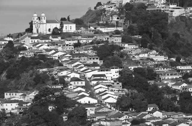 Igreja Nossa Senhora das Mercês e Perdões, vista do museu, em Ouro Preto