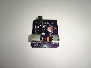 """Módulo carregador USB """"uCharge"""", revisão A."""