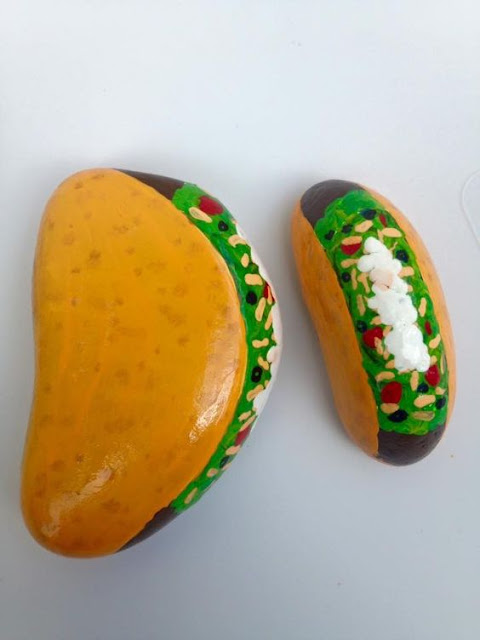 These taco painted rocks from Holly Ninneman look good enough to eat