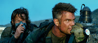 Mark Wahlberg and Josh Duhamel in Transformers: The Last Knight (20)