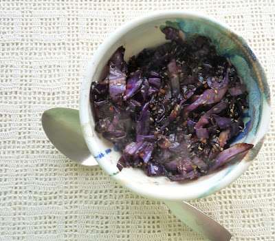 Sesame-Ginger Red Cabbage