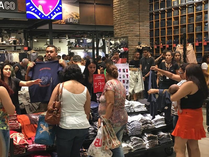 Lojas de shoppings da BRMALLS no Rio abrem seleção de cerca de 500 vagas temporárias para atuação no Natal