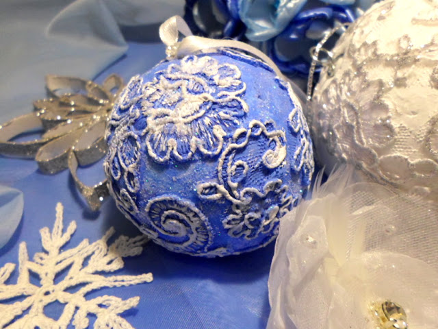 Ozdoby świąteczne na Boże Narodzenie, bombki koronkowe DIY, śnieżynki, kule styropianowe