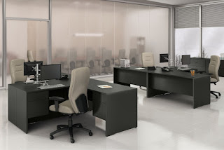 Global Genoa Desks