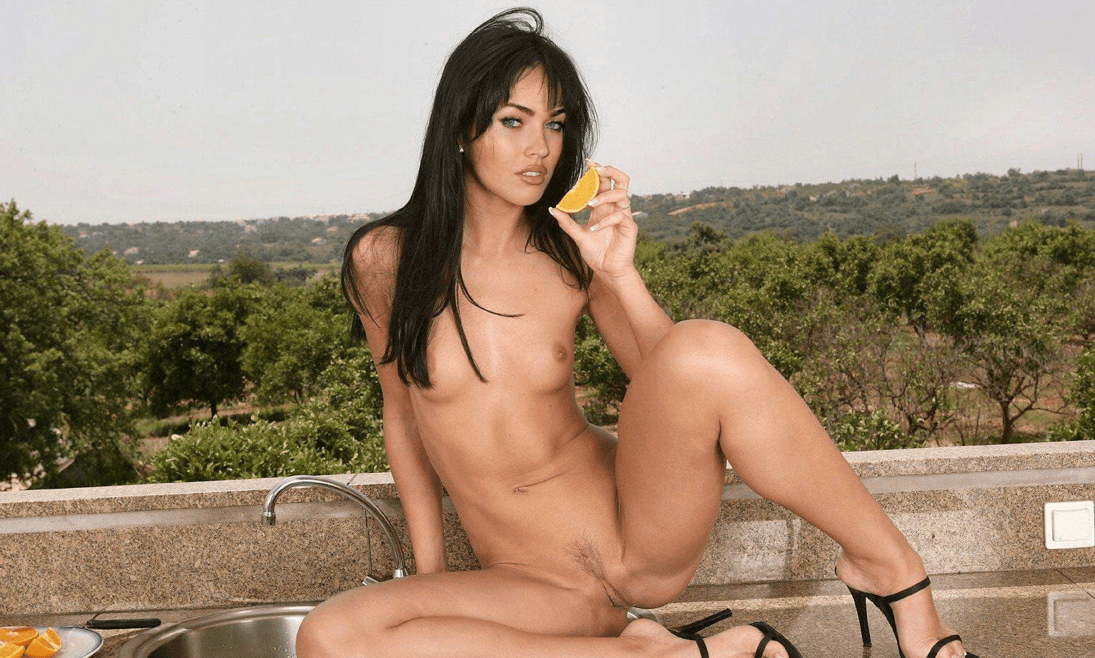 Top 60 Megan Fox Nude Naked Xxx Sex Pussy Fucking Images-9588