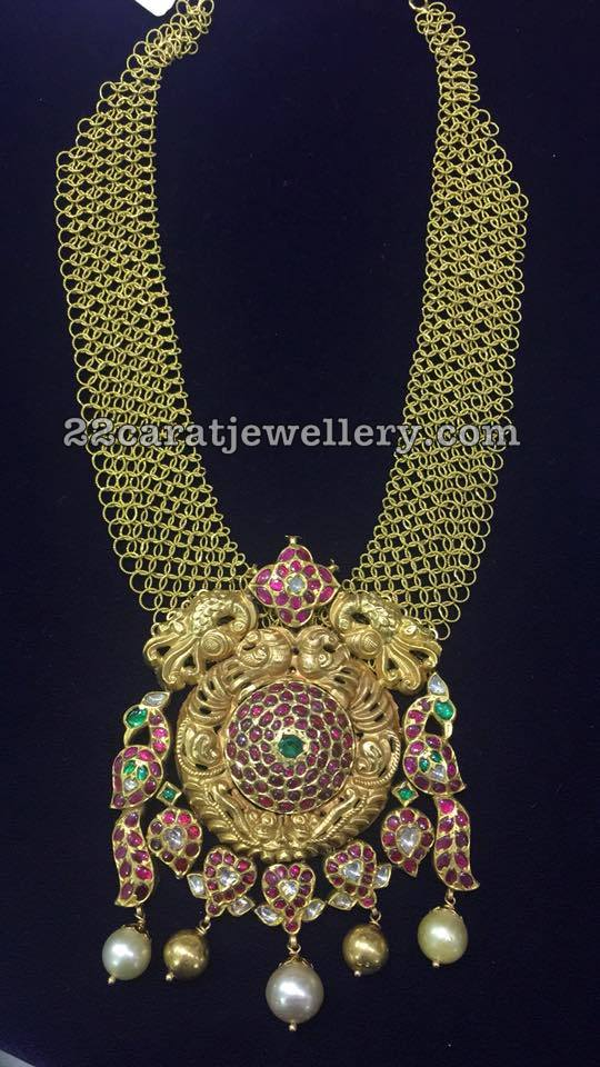Fancy Mesh Necklace with Nakshi Pendant