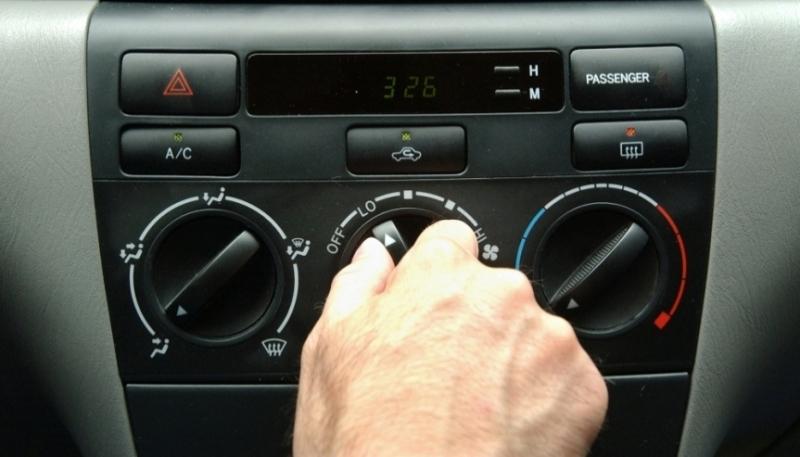 6 Kebiasaan Buruk Yang Bikin AC Mobil Cepat Rusak