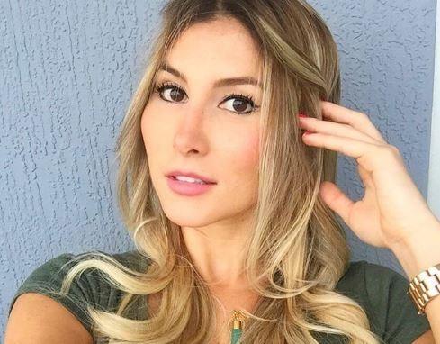 Natasha Araos novia de Chino Miranda