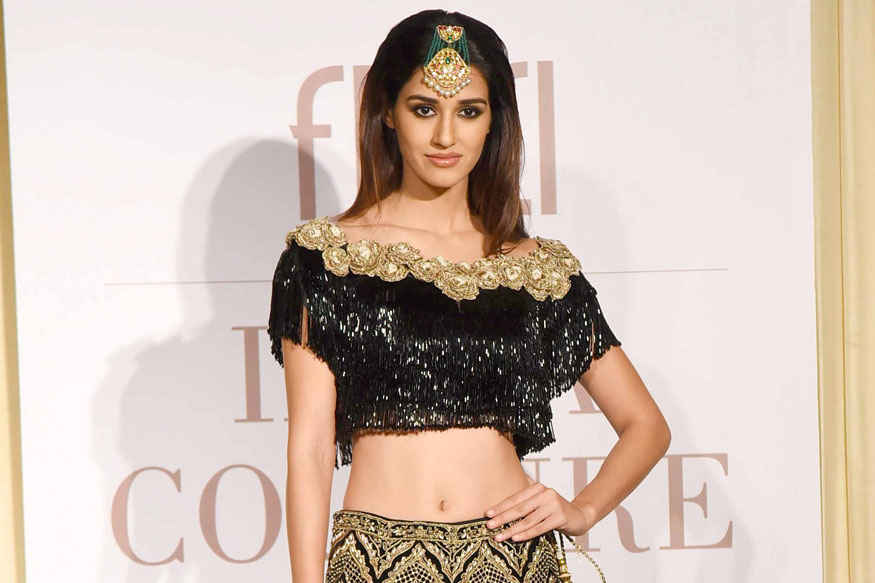 Disha Patani Walks During Manav Gangwani's Show at India Couture Week 2017