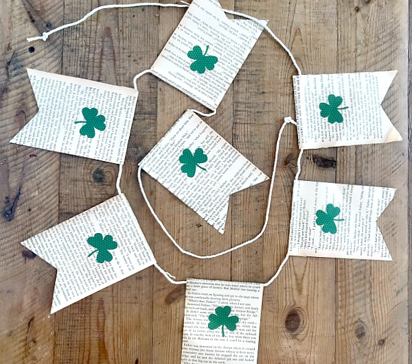 Using discarded books to create a St. Patrick's Day banner. Homeroad.net