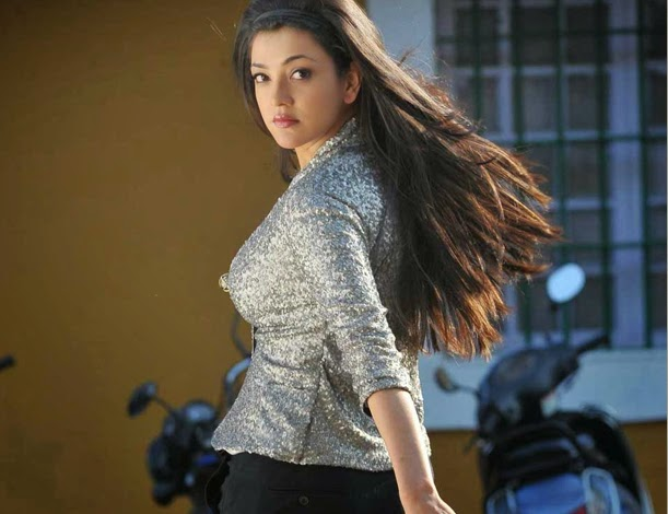 Kajal sexy boobs images