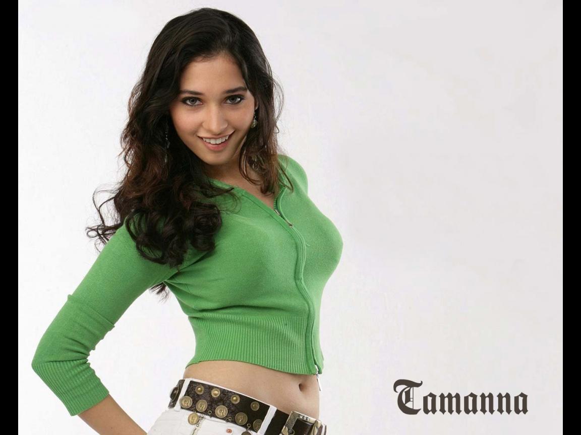Tamanna Back: TAMANNA