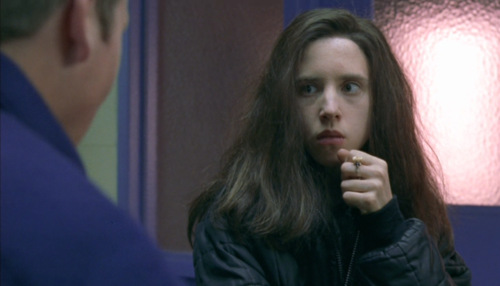 VACANT EYES: Review: Ginger Snaps (2000)