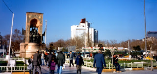 Istiklal Caddesi, Paket Umroh Plus Turki 2013, paket wisata muslim turki, tour turki, umrah plus turki, wisata muslim turki,