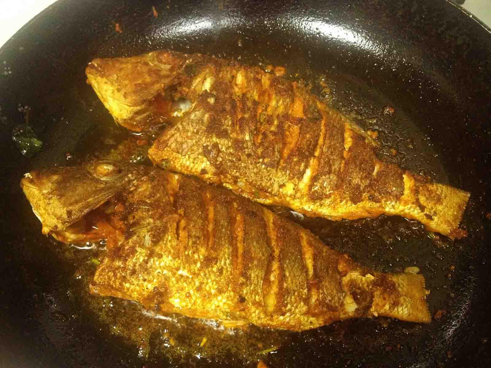 Fish fry recipe pan fried and tawa fish fry recipe for Cliffords fish fry