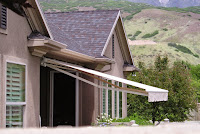 Custom Canvas Rectractable Awnings