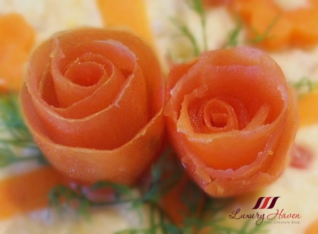 food art creative tomato roses