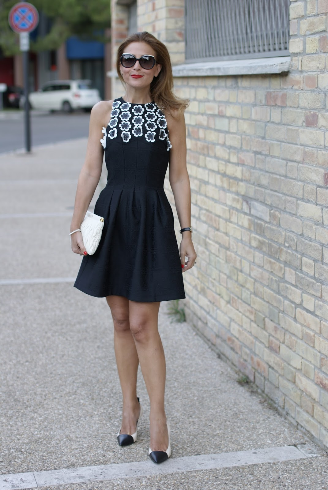 what to buy on sales, black dress from Desigual on Fashion and Cookies fashion blog, fashion blogger style