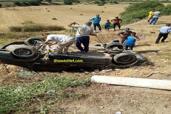 إنحراف وإنقلاب سيارة سياحية بالشلف
