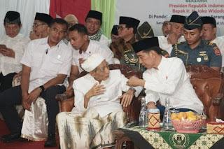 Maksud Do'akan Jokowi, Mbah Moen Salah Sebut Jadi Prabowo