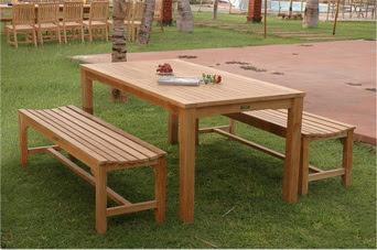 Meja dan Kursi Taman Sederhana