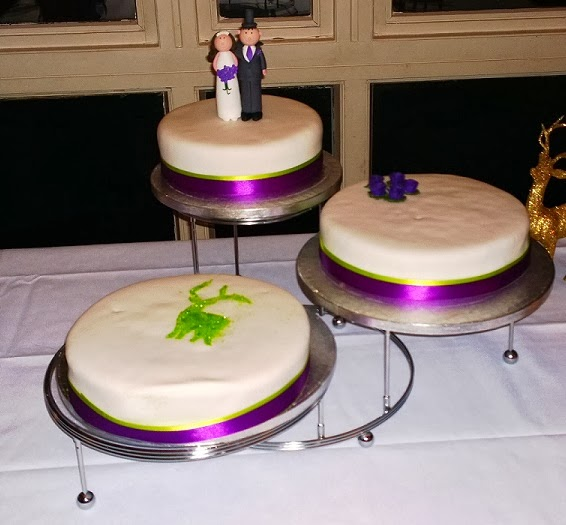 Wedding Leftovers For Sale Uk Wilton Three Tier Elegant
