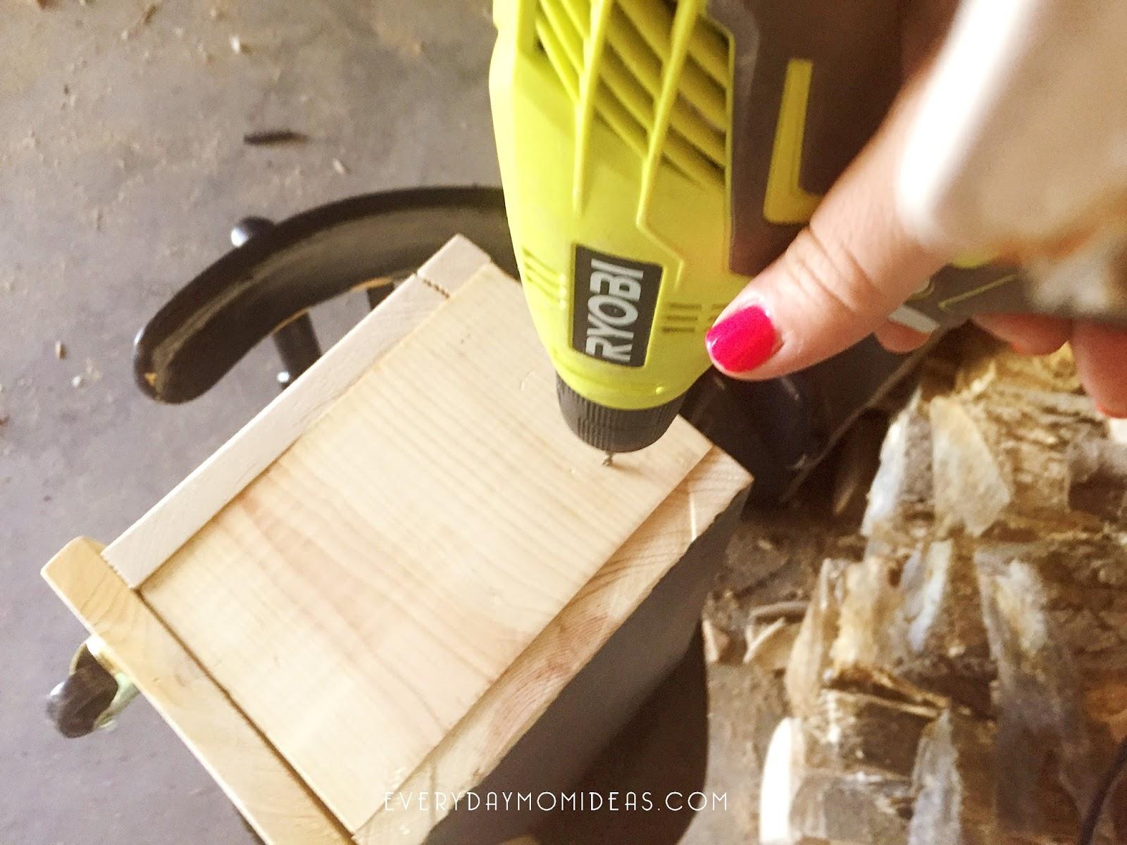chalkboard book organizer on wheels easy diy wood project