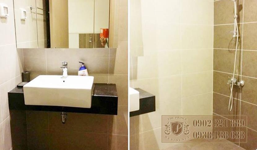 bán căn hộ The Prince 2PN - phòng tắm