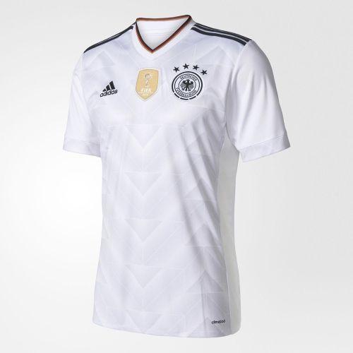 adidas presenta la camiseta de Alemania para la Confederaciones