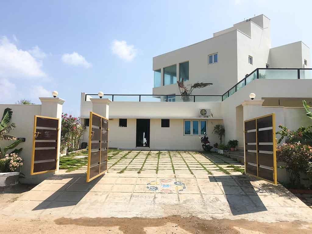 infinity beach house ecr for corporate stays