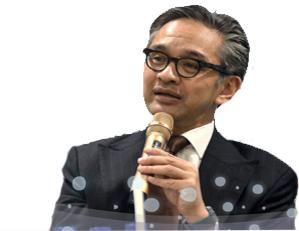 Kisah Sukses Marty Natalegawa