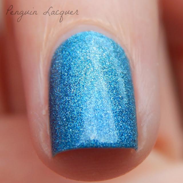 gabriella salvete blue ocean 03 makro daylight