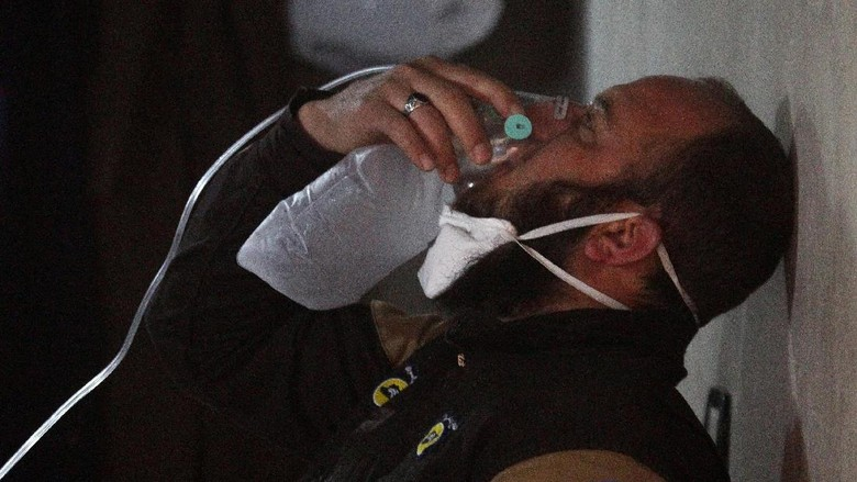 Korban Serangan Kimia di Suriah Alami Gejala Terpapar Gas Saraf