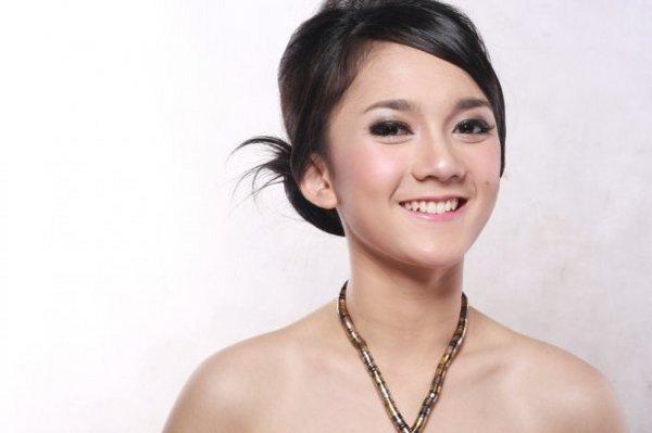 Indonesian Sexy Celebrity Blog