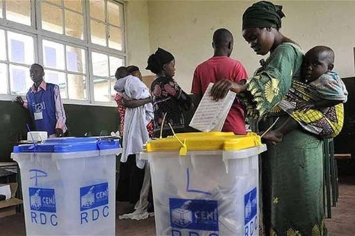 ONU entrega mil 800 toneladas de material electoral a RDC