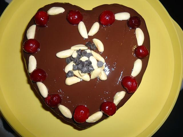 kolay sevgililer günü pastası tarifi