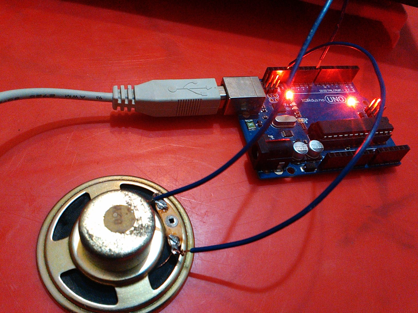 Arduino Tones - How to easily generate sounds with Arduino