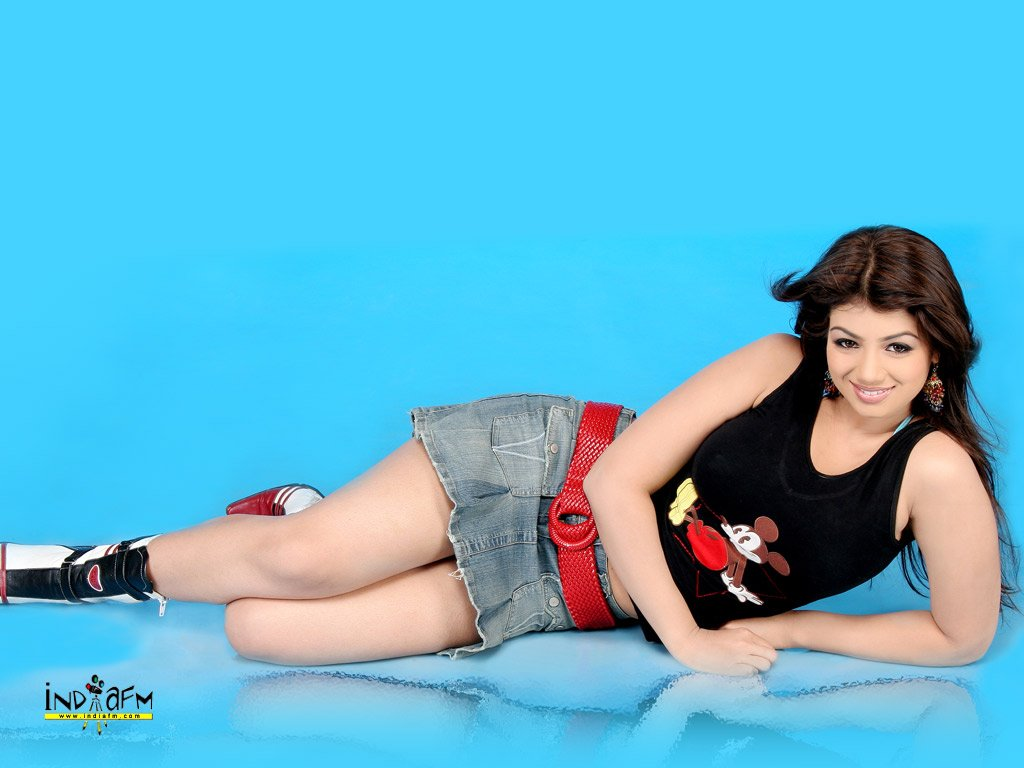 Mileum Art Wallpaper Ayesha Takia Hot Wallpapers-1196