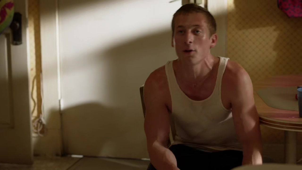 ausCAPS: Jeremy Allen White shirtless in Shameless 9-14
