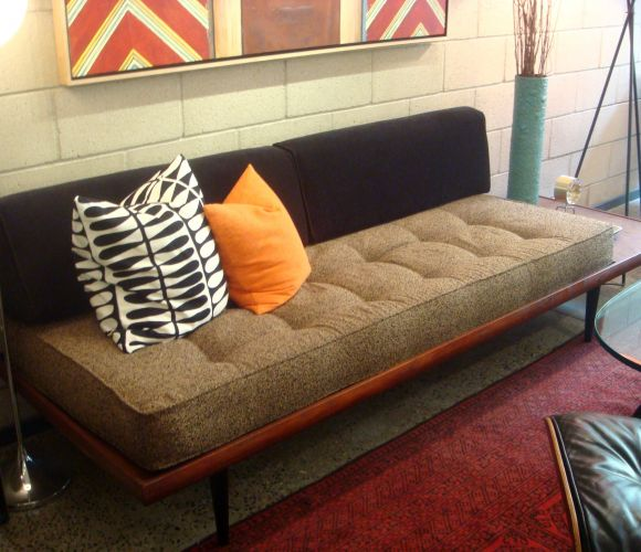 m o d e r n f r o s t Latest obsession  the armless daybed