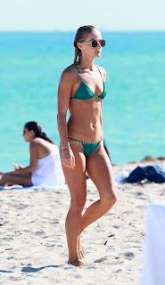 Selena Weber in Green Bikini 2016  04 celebs.in