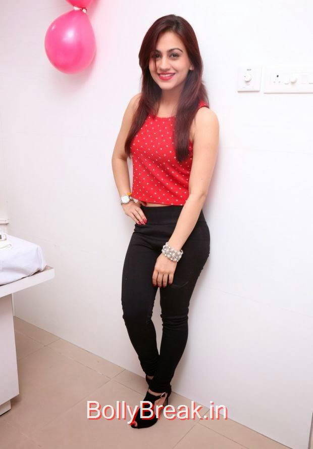 Tollywood Actress Aksha, Hot HD Images of Aksha from First Naturals W Salon Launch