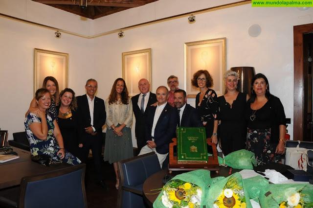 Acto de hermanamiento entre los Colegios de Abogados de La Palma y Barcelona
