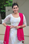 mannara chopra beautiful photos-thumbnail-8