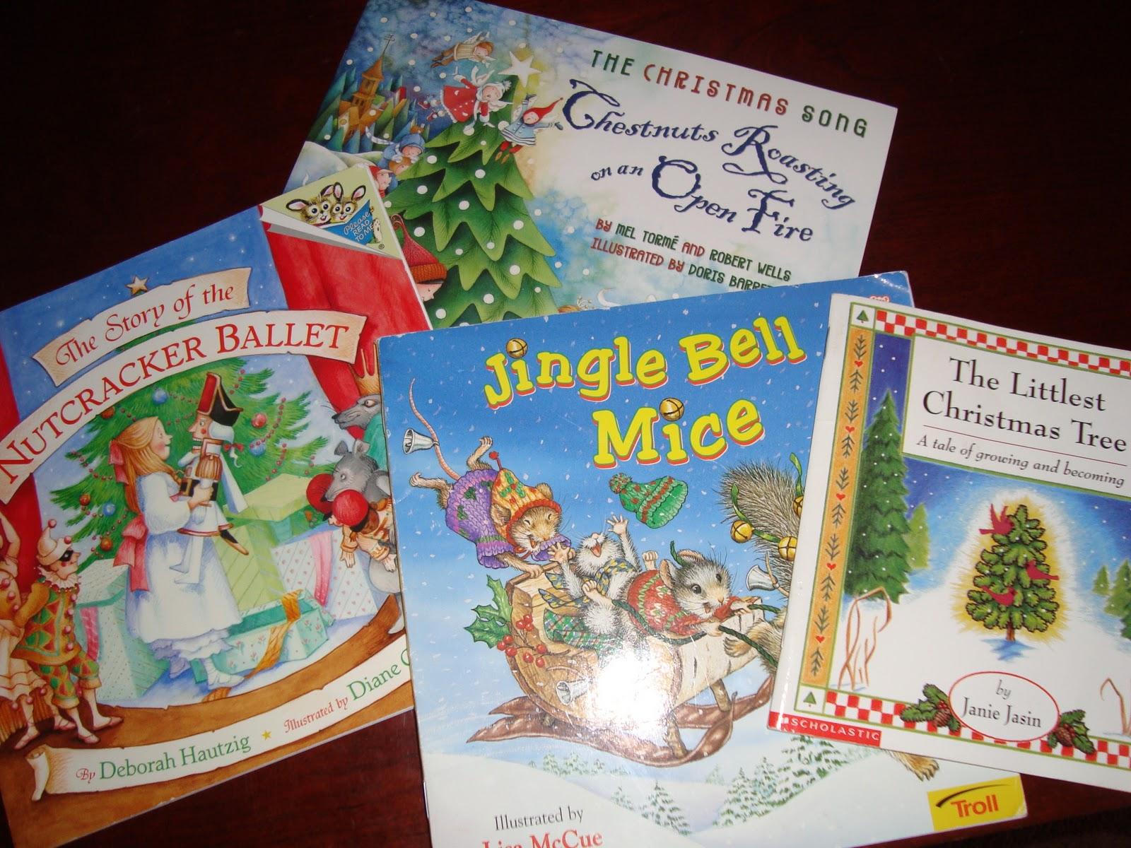 Preschool Mommy: Holiday Books