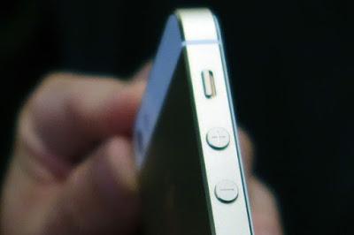 Review iPhone 5S (Harga Spesifikasi Kekurangan Kelebihan)
