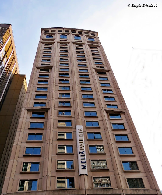 Vista da fachada do Hotel Meliá - Consolação - São Paulo