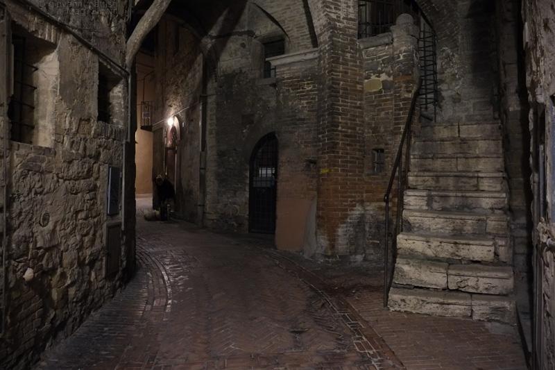 Perugia, via Ritorta di notte