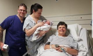 Γυναίκα γέννησε το ίδιο της το εγγόνι