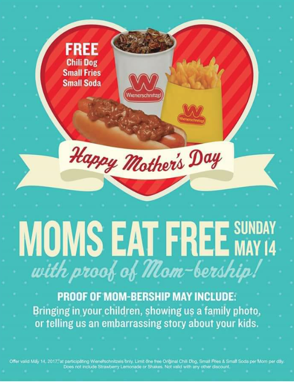 hooters moms eat free